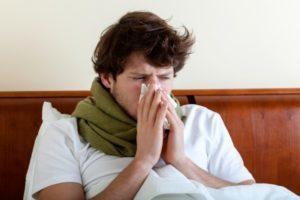 Как правильно сморкаться взрослым после пробуждения и при насморке