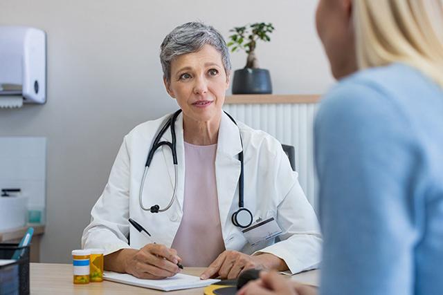 Жировик на груди у женщины на грудине у мужчины - методы лечения
