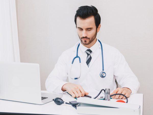 Полипы во влагалище: симптомы, диагностика и лечение